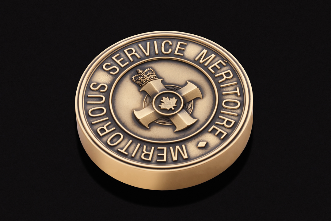 Governor General of Canada, Meritorious Service Paperweight Brass